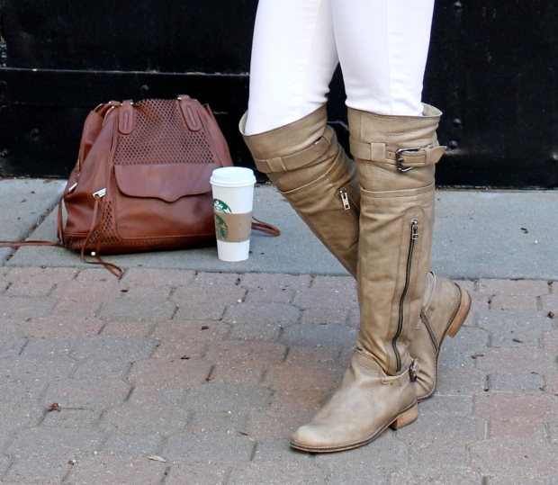 Kitties + Couture: Starbucks #LoveYourLatte