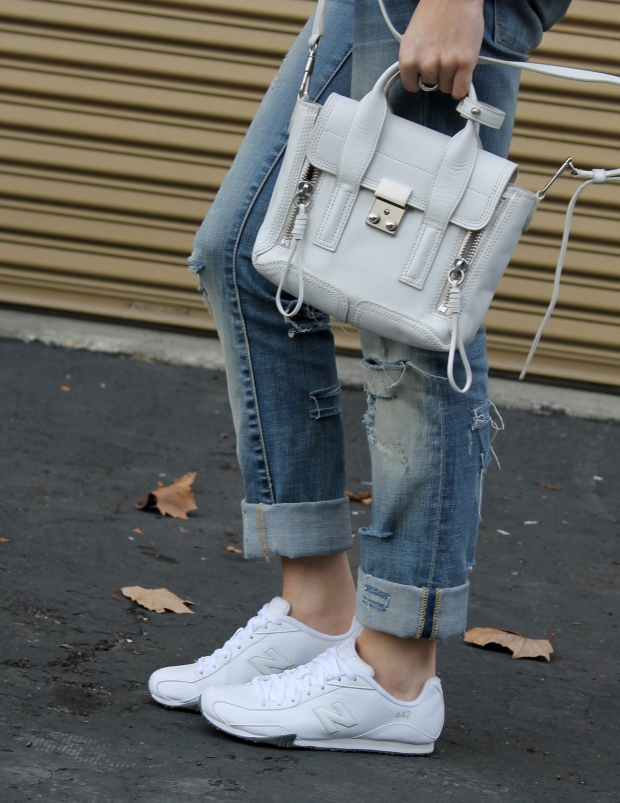 White Pashli, White Sneakers