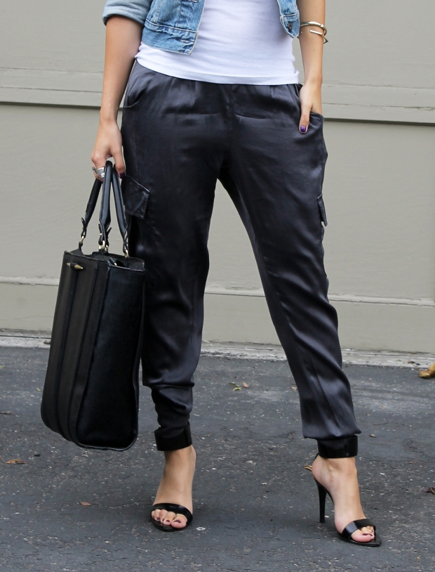 Silk pants: fall fashion