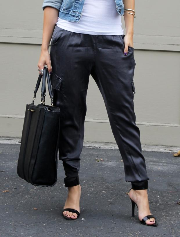 Silk pants: fall fashion